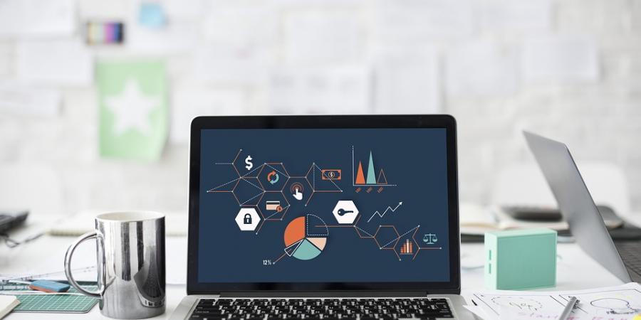 Vajon a mesterséges intelligencia méri a motivációt és a szakmai iránti elhivatottságot egy önéletrajzban? - Digitális kiválasztás a valóságban